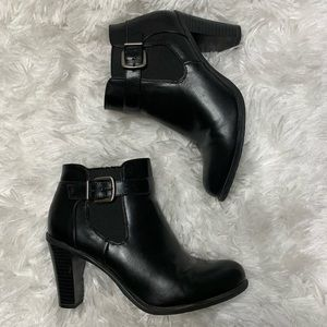 Nickels 7.5 Black Vegan Leather Urwin Ankle Boots